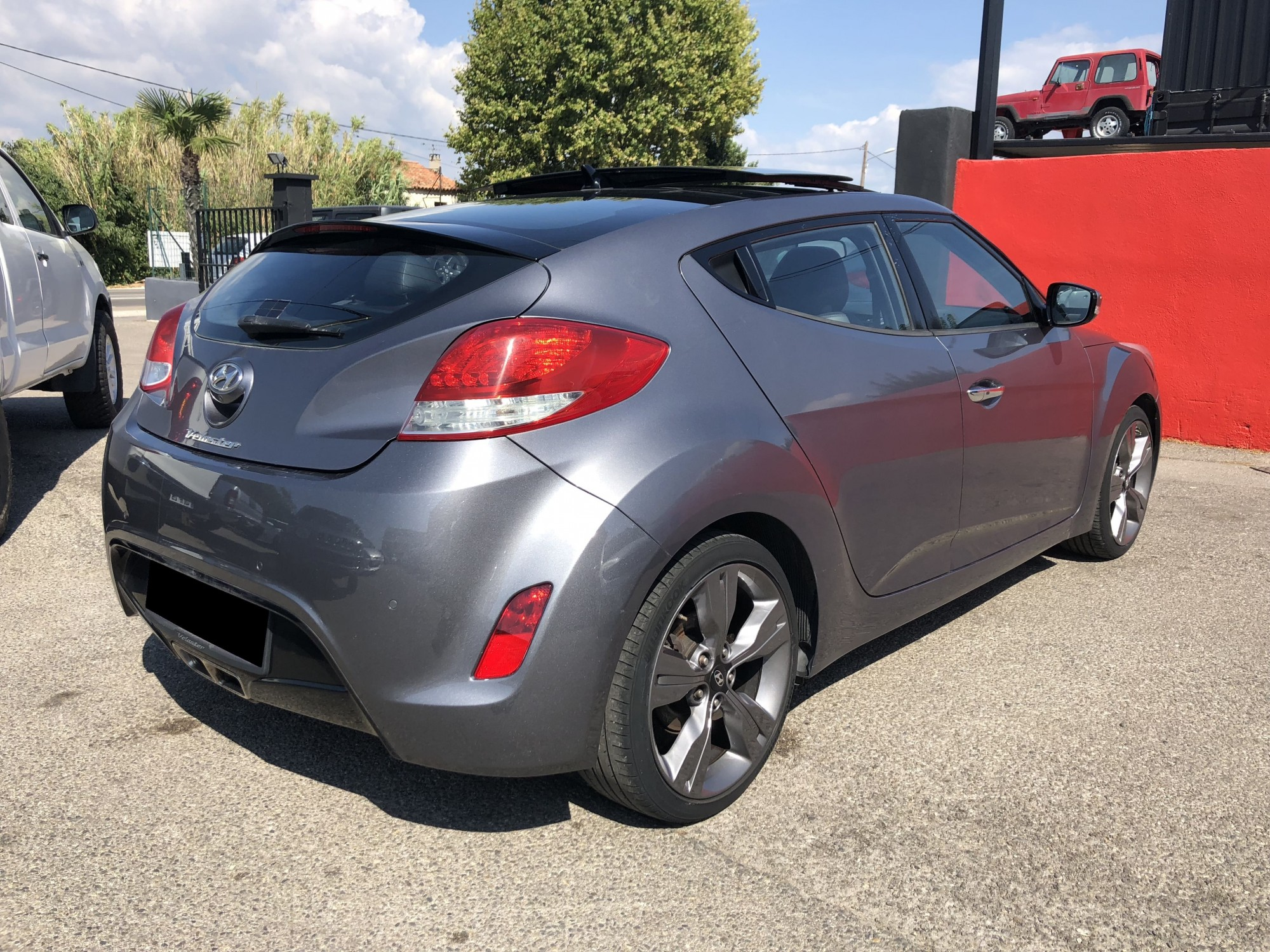 coupe hyundai veloster 1 6 gdi 140 ch pack premium 2012 gris fonc 4x4 occasion pro fun 4x4. Black Bedroom Furniture Sets. Home Design Ideas