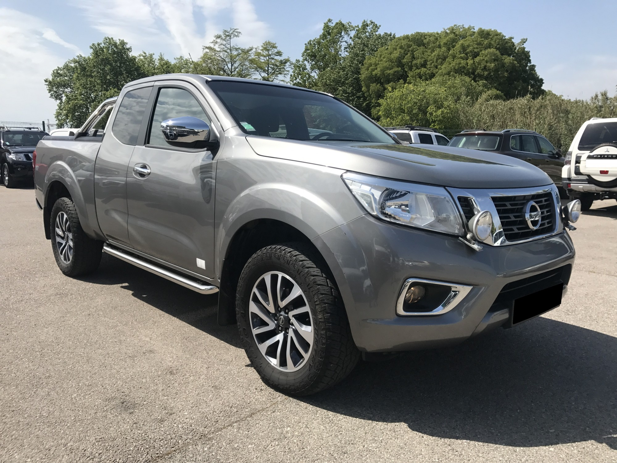nissan navara np300 2 3 dci 163 ch king cab de 2016 avec tva voir dans les bouches du rh ne. Black Bedroom Furniture Sets. Home Design Ideas