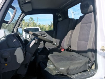 Sièges conducteur Nissan Cabstar 3 places - pro fun 4x4
