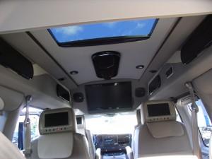 van chevrolet noir avec toit ouvrant et toutes options martigues  - pro fun 4x4