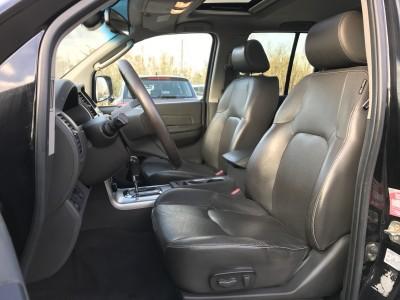 Sièges avant cuir électrique et chauffants Nissan Navara Double Cabine V6 DCi 240 ch - pro fun 4x4