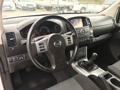 Tableau de bord Nissan Navara GPS 2015 Toutes Options - pro fun 4x4