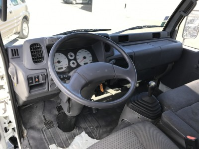 NISSAN CABSTAR 3.0 TD 125 ch Simple Cab Benne Coffre à voir dans les Bouches du Rhône proche de Aubagne 13