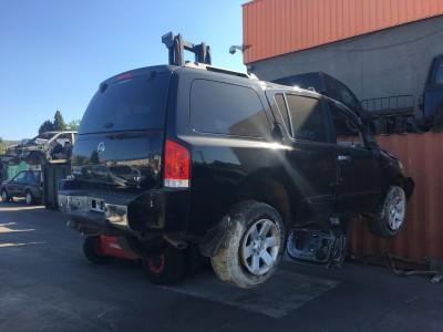 Pièces détachées pour Nissan Pathfinder Armada LE 5.4 V8