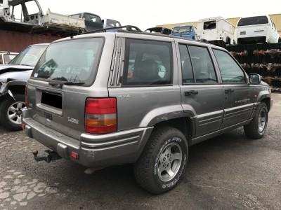 Pièces détachées pour Jeep Grand Cherokee 2.5 TD 115 ch Limited de 1997