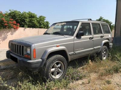 Pièces détachées pour Jeep Cherokee XJ 2.5 TD 115 ch Sport de 2000